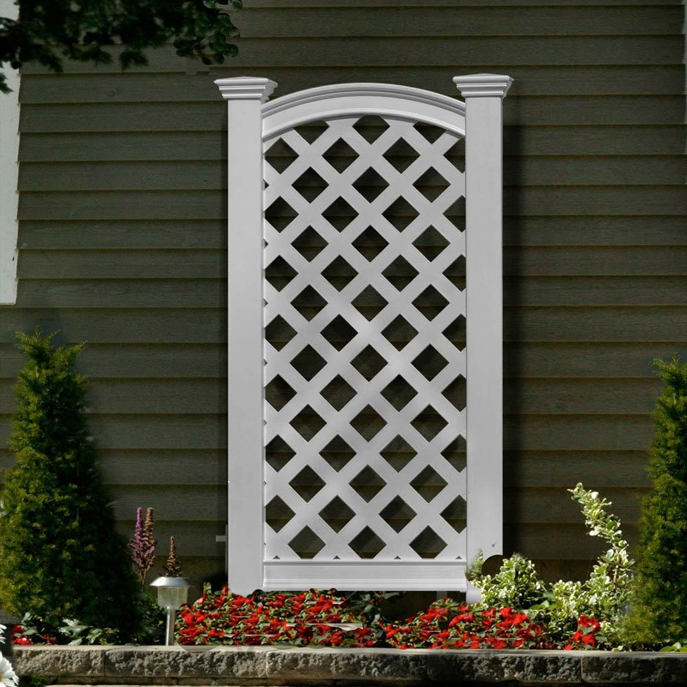 Chadsworth columns luxembourg vinyl trellis design for Outdoor lattice