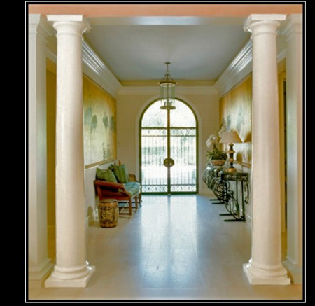 Plain smooth columns architectural decorative plain for Columns in houses interior